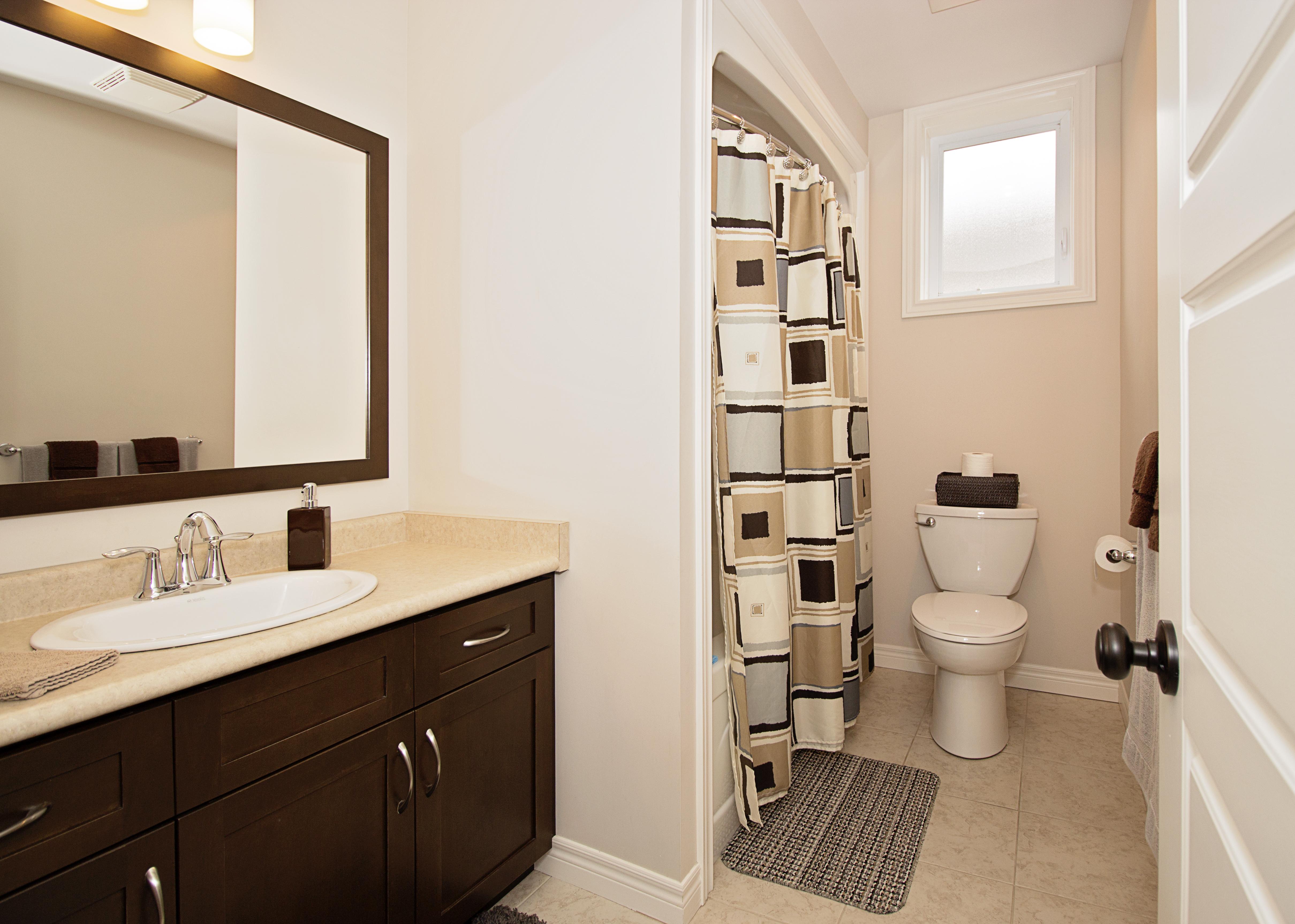 4pc. Bathroom