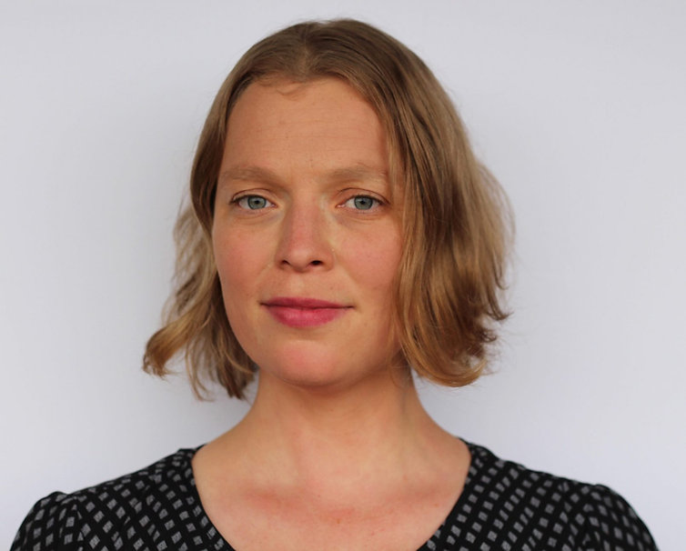 Director-Naomi-van-Niekerk-Small-1612x12