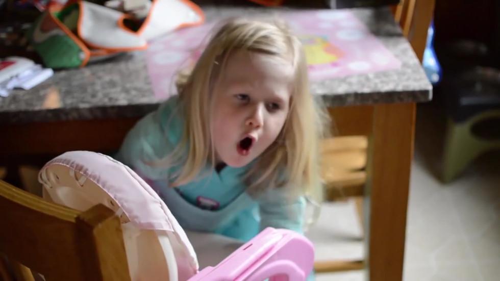 Olivia Novak, How to be Three