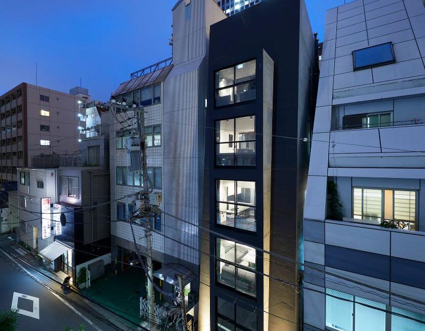 tokyo diagonal tower013.jpg