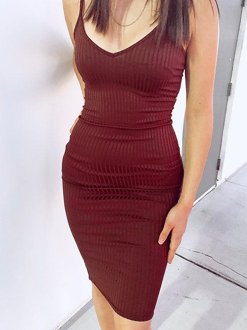 BROWN RIB KNIT PLUNGE NECK BODYCON MIDI DRESS