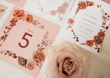 Scarlett Bouquet Table Number