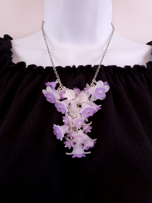 Women's Y shaped necklace, made of lucite flowers