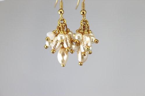 Delicate multi-pearl dangle earrings