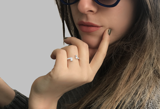 Lily Ring - White Gold