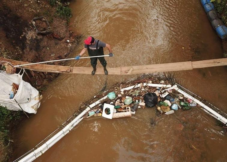 Coragem Ambiental: Prefeito e Ativista Denunciam Agressão ao Meio Ambiente