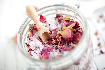 herbal-bath-03-710x473.jpg