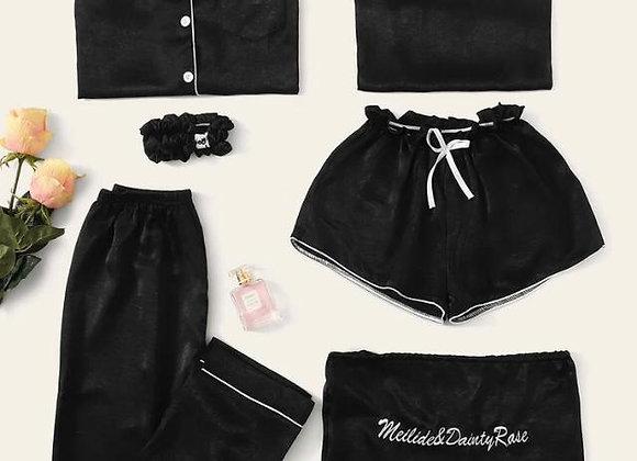 Pijama Negra Satinada 7 piezas