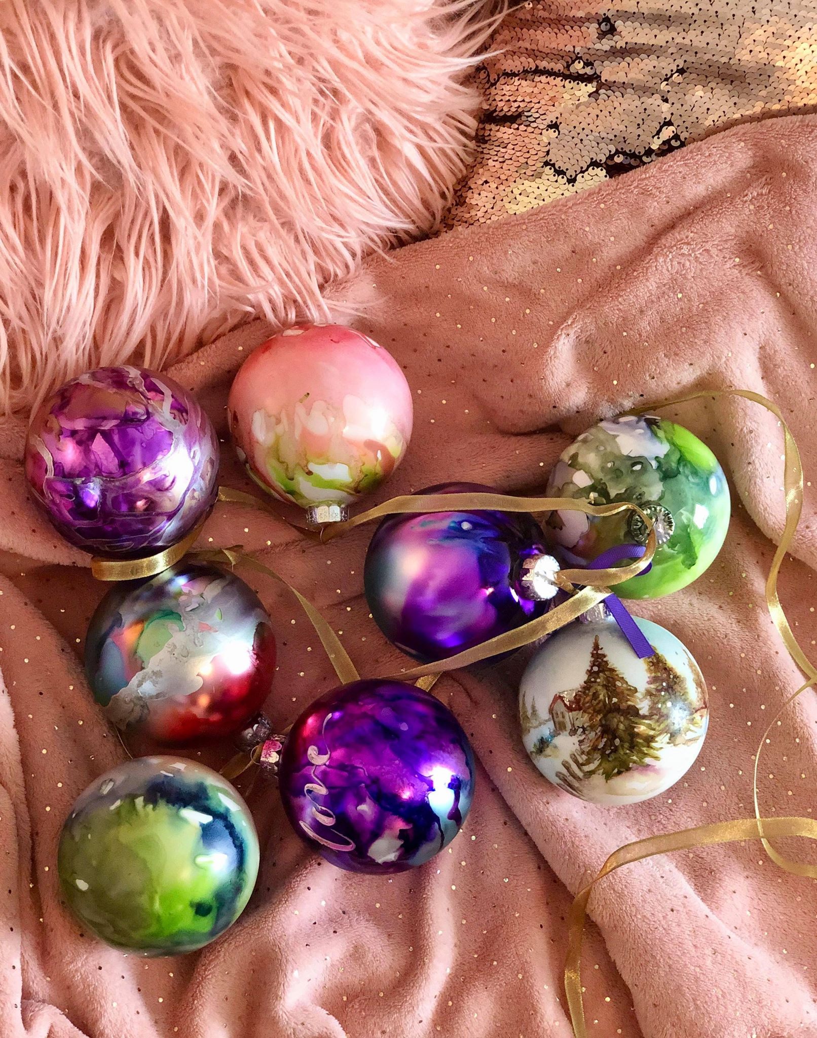 Alcohol Ink Christmas Ornaments.Alcohol Ink Christmas Ornaments