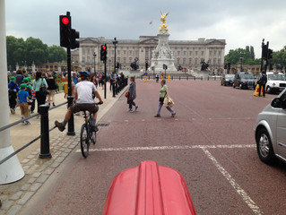 With the tractor through London - mit dem Traktor durch London