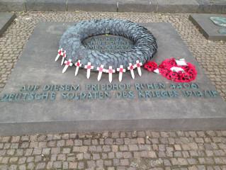 44061 destroyed lives - 44061 zerstörte Lebenshoffnungen