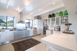 (3) Kitchen 1.jpg