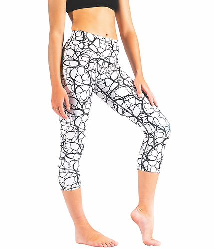 'Squiggle' Loznpoz 3/4 length leggings (SIZE L ONLY)