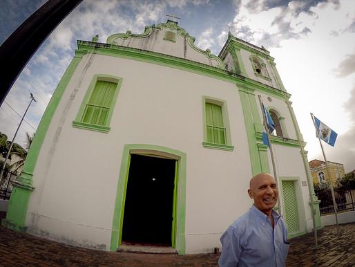 O menino que curtia Mario Lanza canta em latim no Rosário dos Pretos
