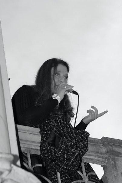 Carola Cora Concerto da un balconeal borgo.jpg