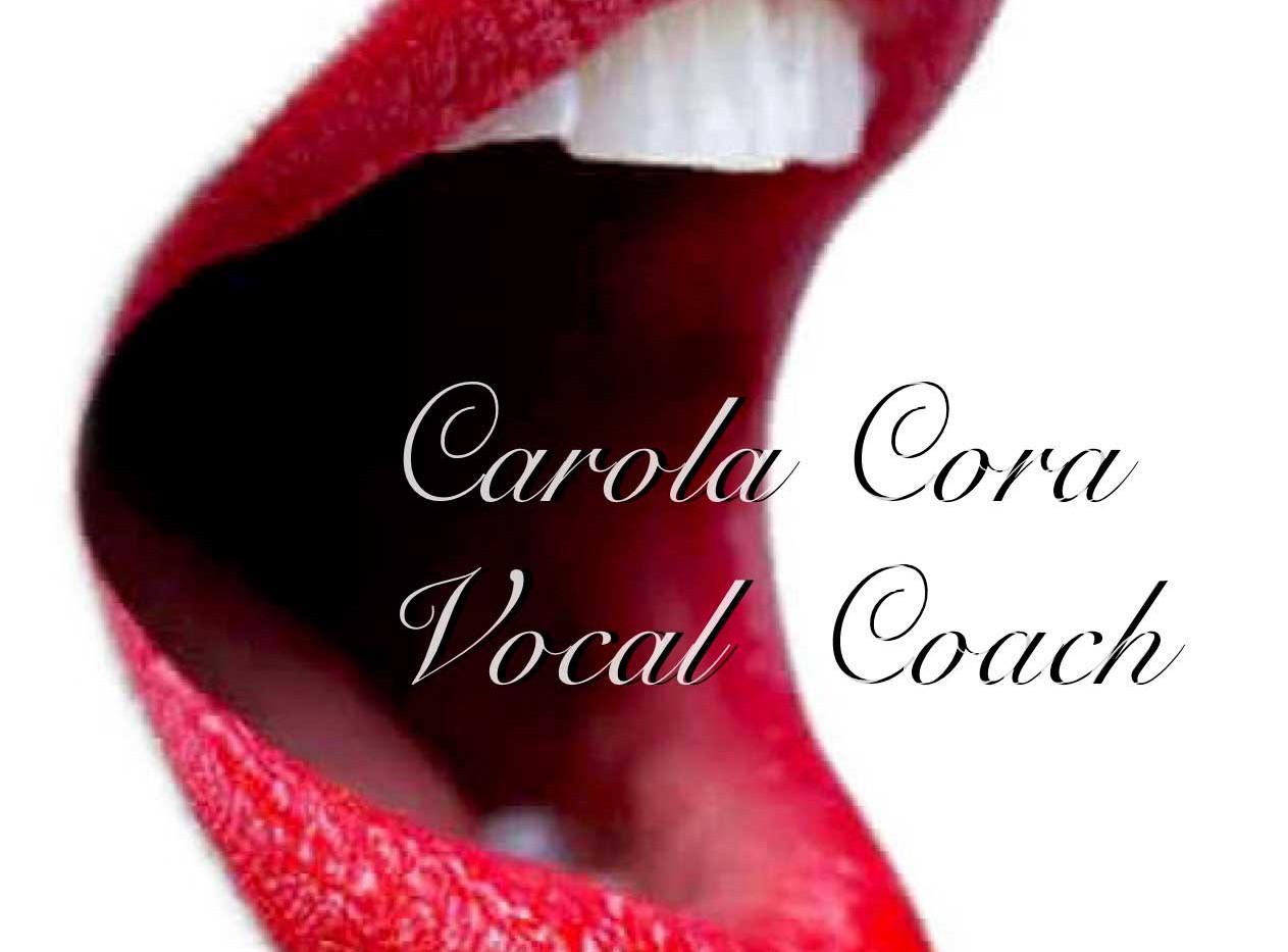 Carola_Cora_Coach_4.jpg