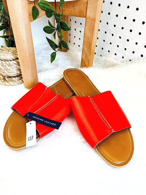 Gap 100%Leather Slip On's - Size 9 (Retail tags are $39.99+tax)