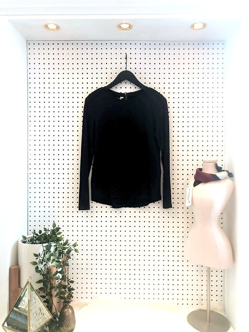 ONLY Long Sleeved Knit Top with Zipper detail on Back - Size Extra Small