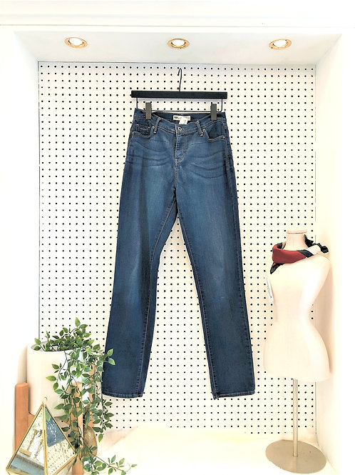 Levi's 512 Perfectly Slimming Skinny - Size