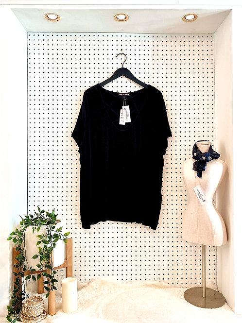 Love&Legend Tunic Tee With Neck Detail - Size 3X