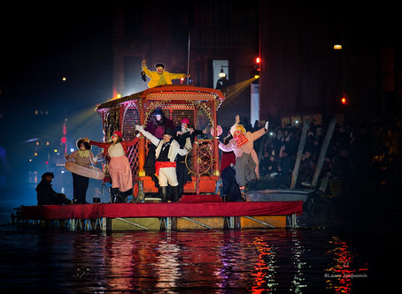 "The Venetian Festival on water - Venice Carnival ""VeCircOnda"" by Wavents."