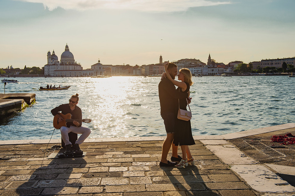 venice-wedding-proposal-photographer (9).jpg