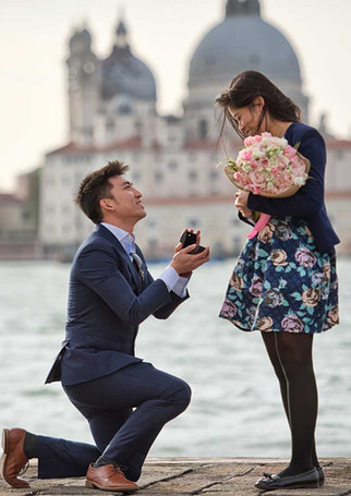 venice-photographer-proposal-engagement-