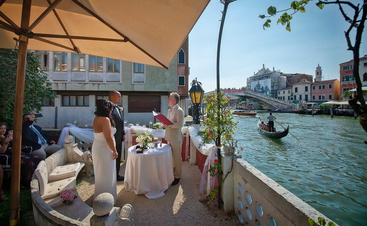 destination-wedding-venice-italy (30).jp