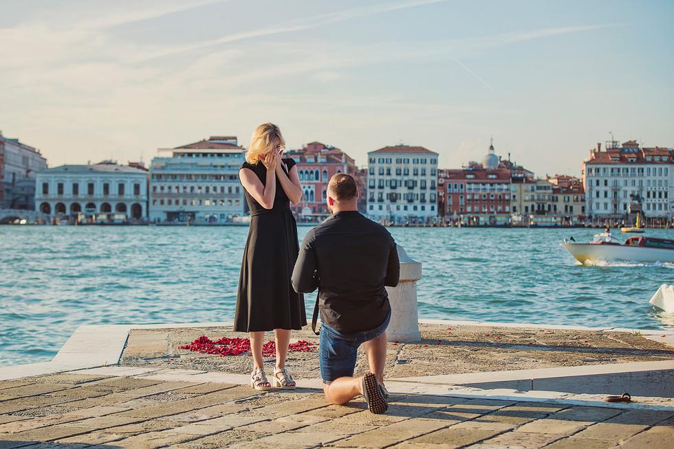 venice-wedding-proposal-photographer (4).jpg