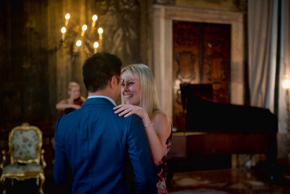 ca sagredo venice wedding proposal (8).j