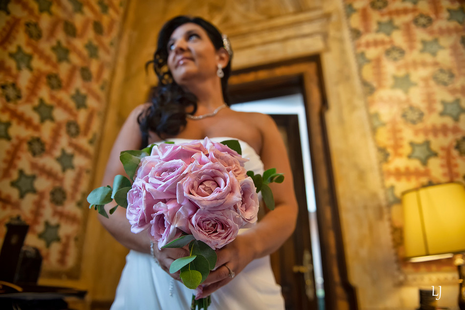 symbolic wedding ceremony in venice ital