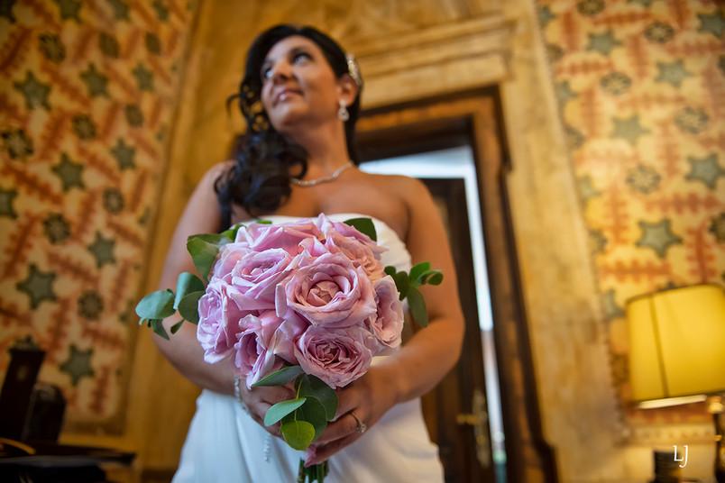 symbolic wedding ceremony in venice ital