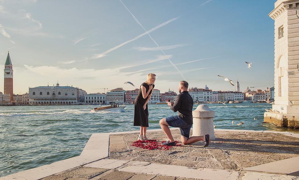 venice-wedding-proposal-photographer (20).jpg