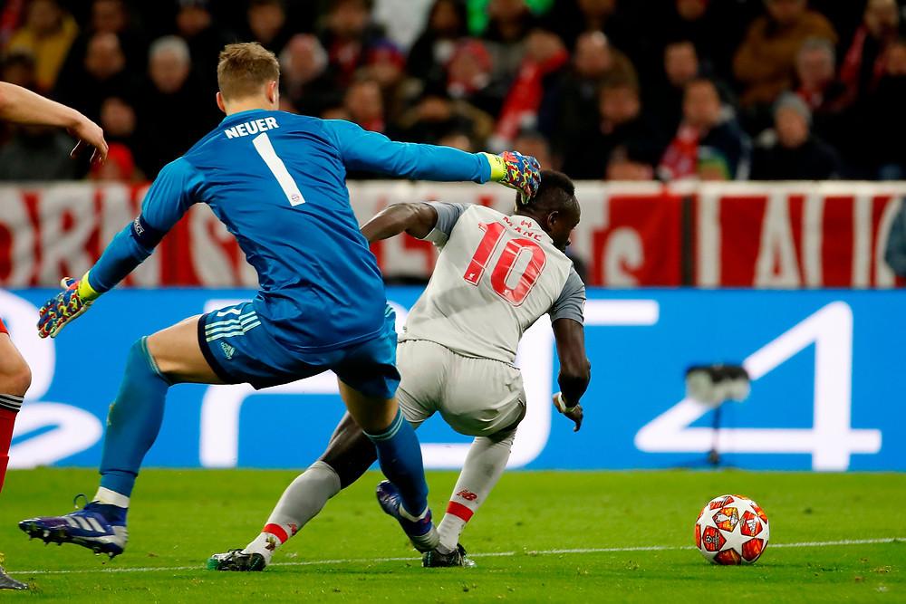 Mané humilha Neuer...  Fonte: Rousing the Kop