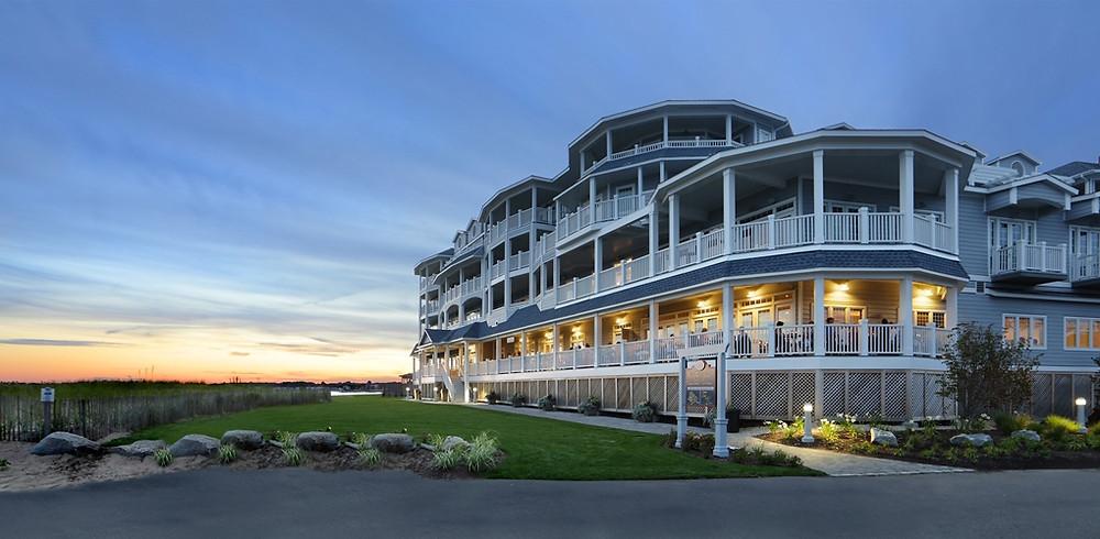 Madison Beach Hotel | Valentine's Day