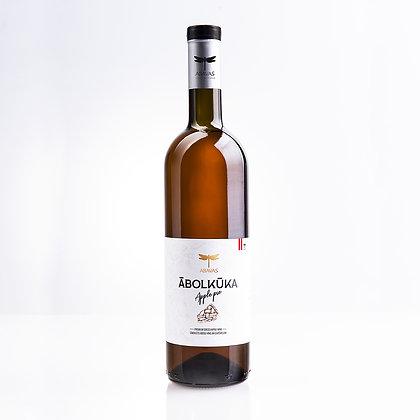 Яблочный пирог Abavas, яблочное вино 0,75 л 7,5%