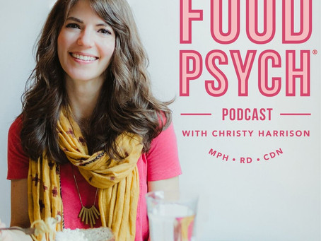 My 5 Favorite Intuitive Eating Podcasts