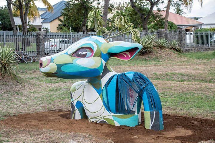 sculpture cerf gorg one 3.jpg