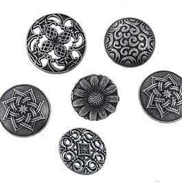 Metal button 2.jpg