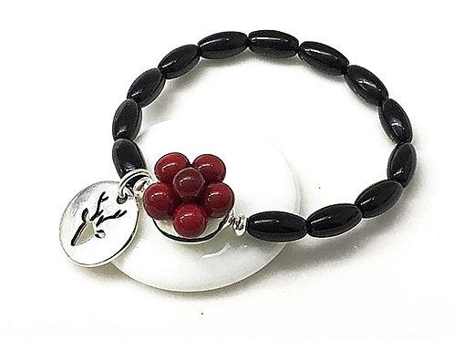 Armband mit Bollenhut aus Glas, rot
