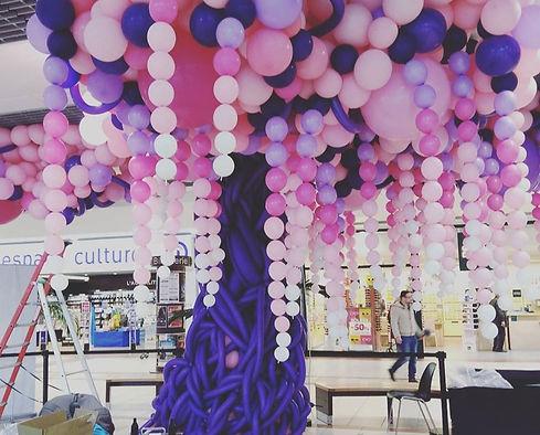 sculture arbre sur ballons