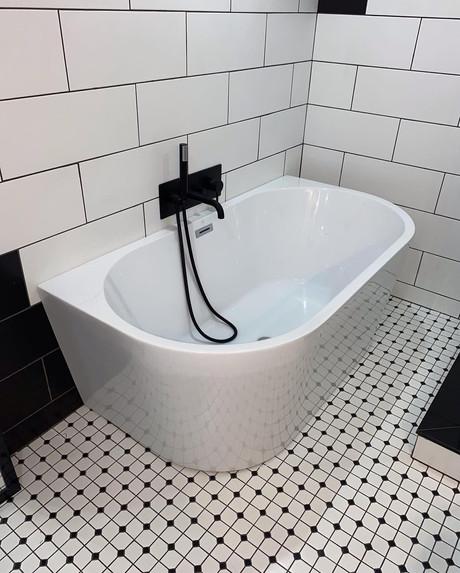 Stand Alone Tub & Custom Tub Trim