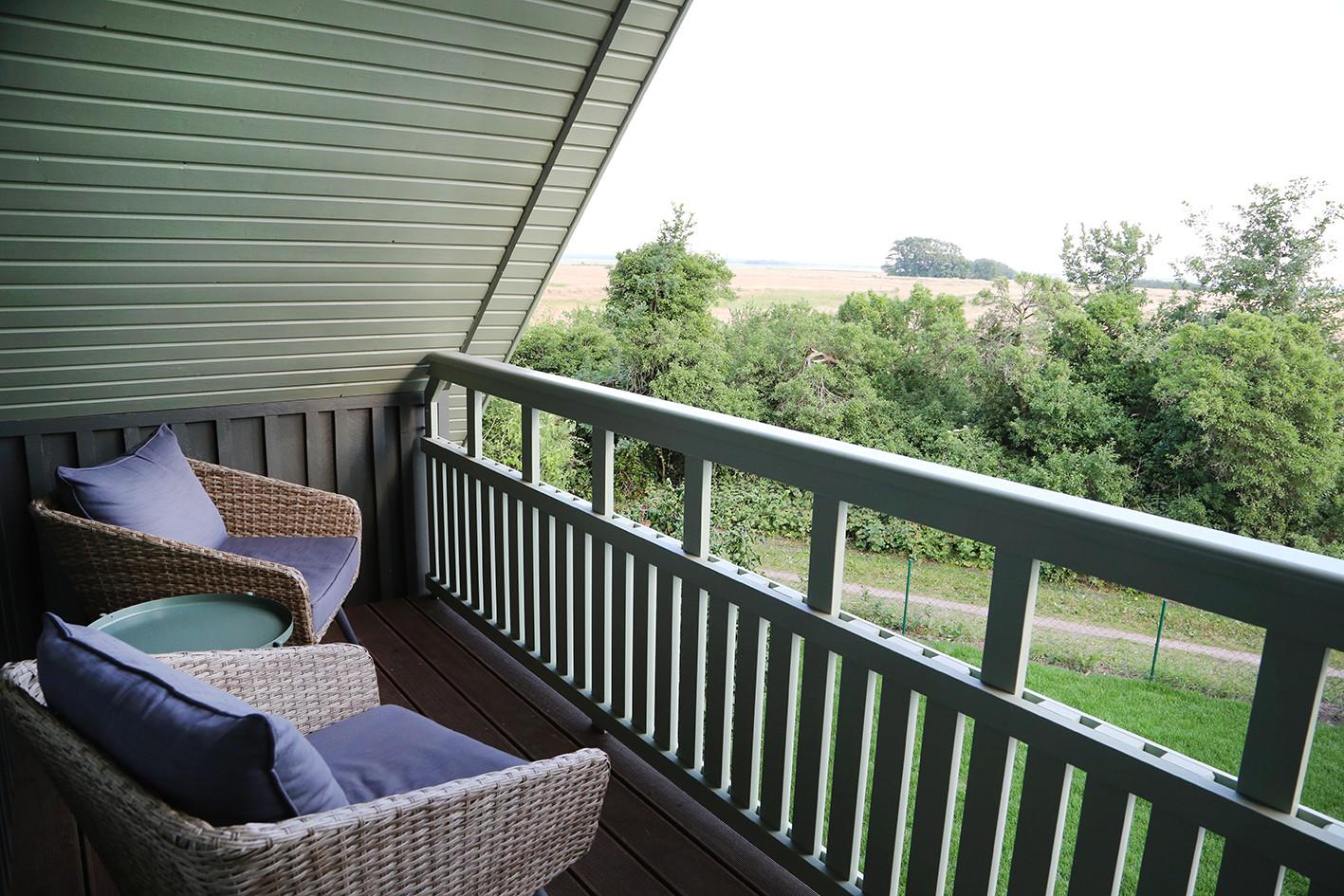 www.fuchsbau-born.de-balkon.jpg