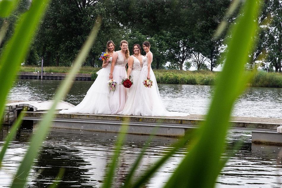 bruidsjurken kopen tweedehands en nieuw- trouwjurken sale (151).jpg