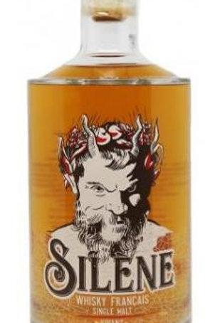 Whisky bio Silène distillé en Charente