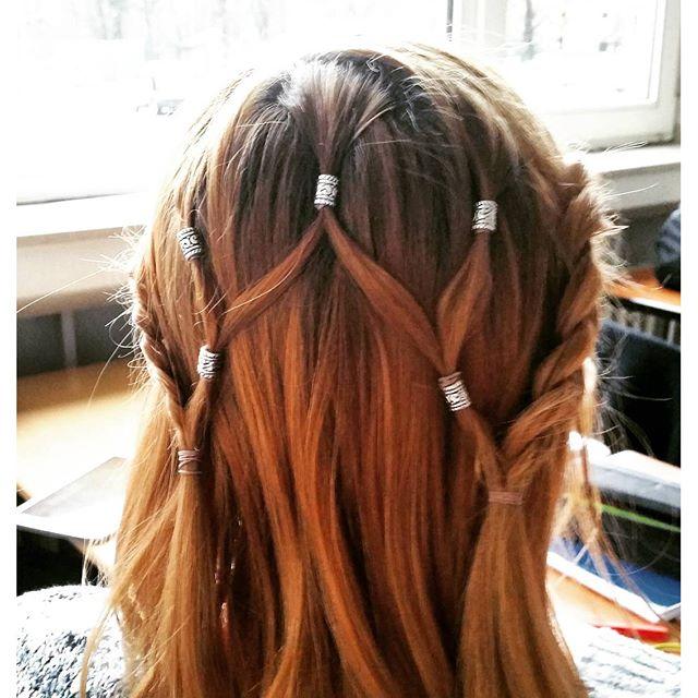 Hair beads style