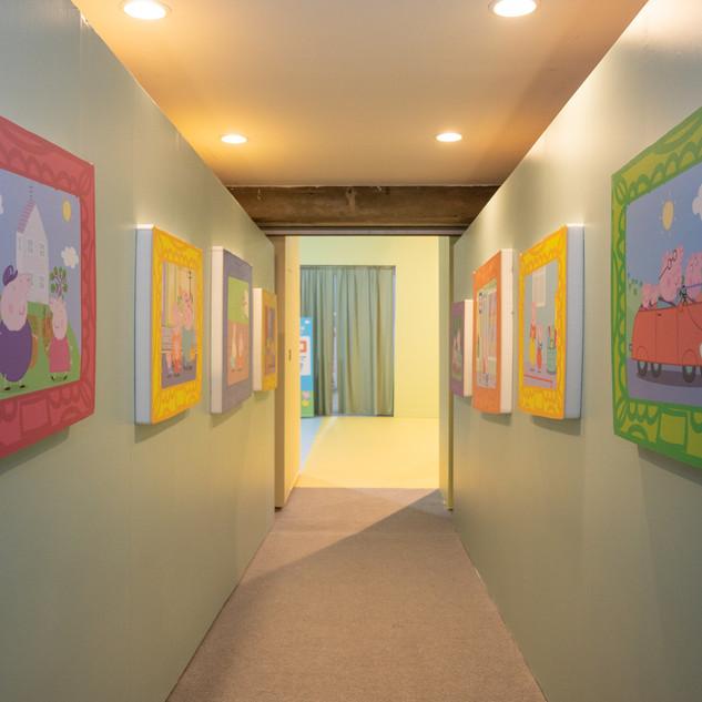 Corridor to Peppa's living room.jpg