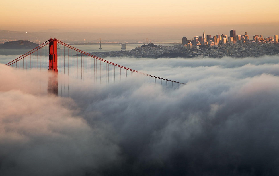 golden-gate-bridge-in-clouds-wallpaper.j