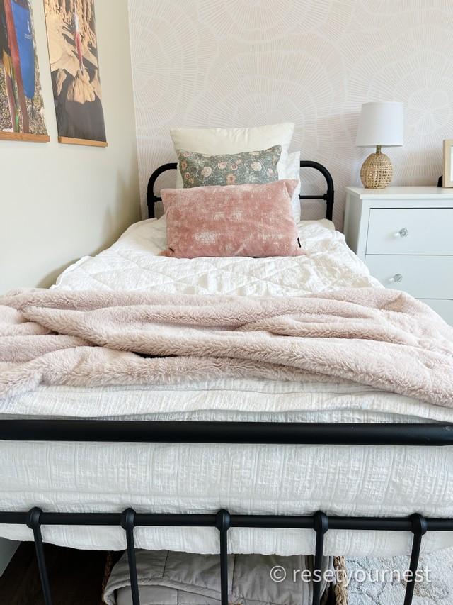 little girl bedroom boho chic Salt Lake organizer