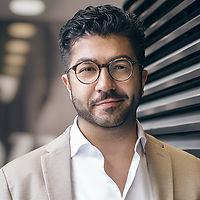 Karim_Mustaghni_Handelsblatt_Fachmedien.